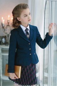 Школьные луки для девушек 2019