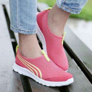 Модные кроссовки весна лето 2020 года женские