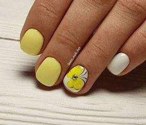 Модный дизайн лето 2020 на короткие ногти