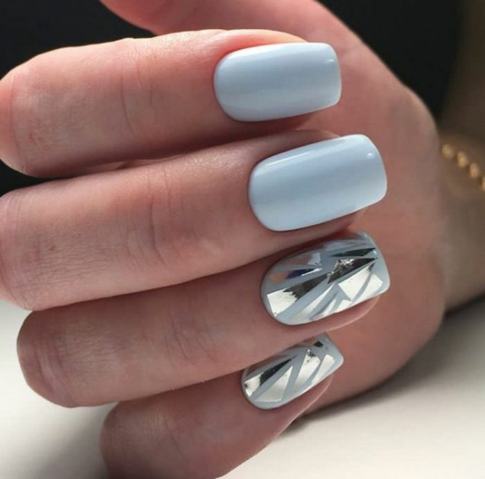 Новогодний маникюр 2021 на короткие ногти фото дизайн