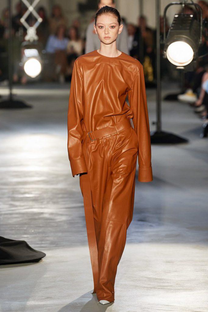 Мода весна 2021 основные тенденции женской одеждыМода весна 2021 основные тенденции женской одежды