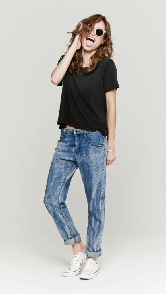 С какими вещами модно сочетать джинсы в 2021 году